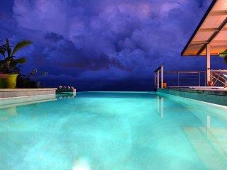 Villa Vini Moana - jacuzzi, piscine & vue mer - hauteurs de Tahiti-  8 pers