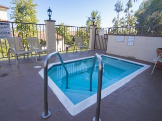 Luxury 2 bd 2 bath next to UCLA&Westwood_126, Los Angeles