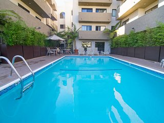 Luxury 1 bd 1 bath next to UCLA&Westwood_105