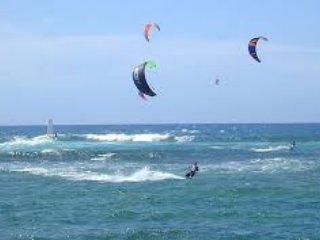 Kitesurfen recht tegenover ons eigendom