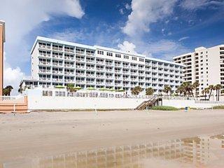 Daytona Seabreeze Resort- Vacation on the Ocean! 7/9-15; Furnished 1 bedroom, Daytona Beach