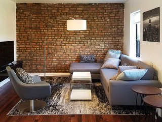 Boerum Hill Beautiful Spacious Two Bedrooms Apartment.