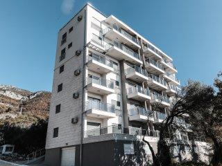 Квартира с видом на море и оливковый парк