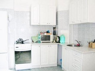 Bright 1-bedroom apartment in Moscow - 1767