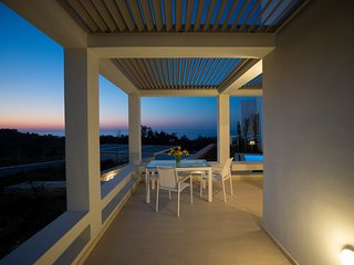 Villa Giasemi, brand new with private pool, near the beach, Sofia Luxury Villas, Panormos