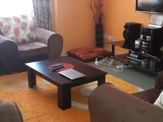 Spacious three bedroom master ensuite. 10 minutes drive from the airport