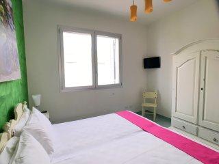 Appartamento 4 Colonne, Vista Mare, 2 camere, 6 pax, S. Maria al Bagno, Santa Maria al Bagno