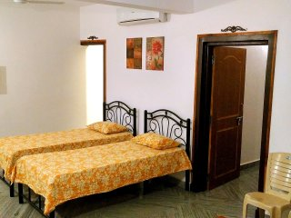 Siolim Holiday Apartments - Penthouse for 10 Guests