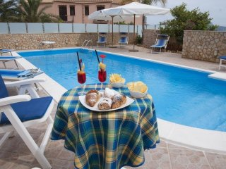 Traditional Villa with Pool Close to Beaches