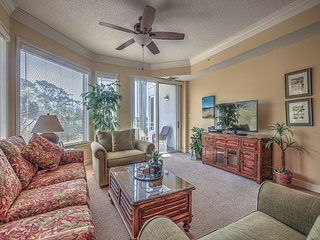 2203 SeaCrest- Newly Updated 2nd Floor Villa! Pool, Spa & Fitness on-site