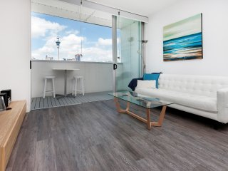Modern Apartment overlooking Victoria Park, 2 Bed/2 Bathroom/2 Car Parks., Auckland Central