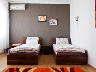 Modern Cosy Apartment in the Center ParkingIncl, Plovdiv