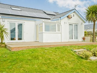 4 Bedroom home sleeping 8 with sea views set in nearly half an acre, Nr Abersoch