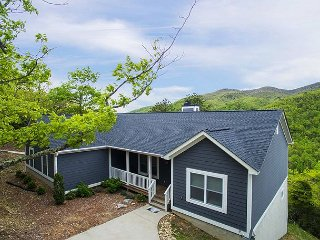 Crockett Ridge | Incredible Mountain Views | New Home