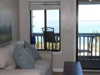 The Starfish (B312)- AMAZING 3rd Floor View, Tybee Island