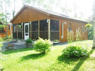 Cottage / Home Rental Lake Access close to Windsor 1 hour from Halifax