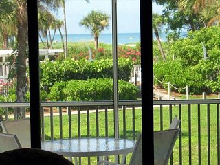 Captiva Beach Villa 2112 South Seas Island Resort Beachfront Condo, isla de Captiva