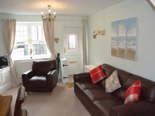Sam B's Cottage New Listing Fishermans Cottage near the Harbour, Brixham