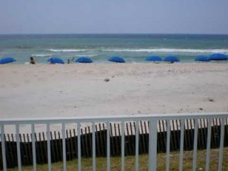Emerald Towers West. Beach front!  Great Gulf View!  Free Beach Service!