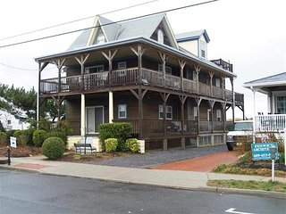 200 YARDS TO BEACH!! 134299, Cape May