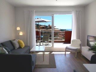 Apartamento muy luminoso, con A.A. y con vistas