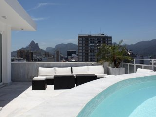 Rio037 - Penthouse in Ipanema with pool & seaview