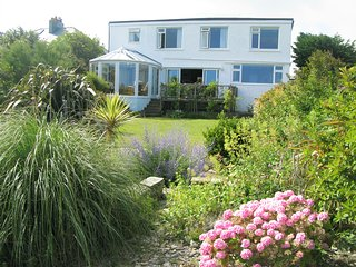 Picturesque cottage in Crantock, stunning seaviews, 5mins to beach