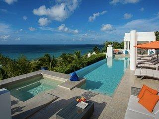 Luxury 5 bedroom Anguilla villa. Beachfront - Privacy