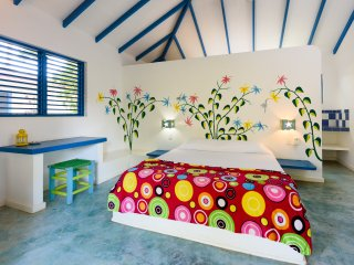 Five Bungalows 20 meters to the beach - sleeps 23