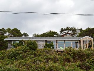 BRYNMARIE ~MCA# 580 ~ NEWLY REMODELED with Spectacular Ocean Views and WIFI!, Manzanita