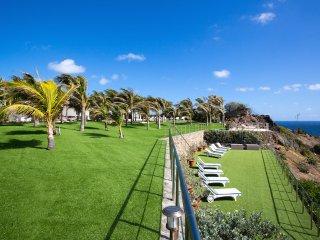 Luxury 4 bedroom St. Barts villa. Gorgeous ocean view!