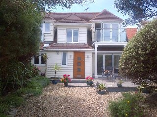 Beautiful beach house with sea views on quiet, private sea estate., East Preston