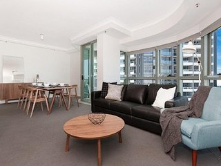 1 BR River View Suites in the Heart of Brisbane