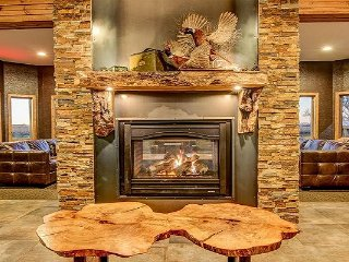 Luxury South Dakota Hunting Lodge