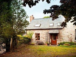 Cobblestone Cottage (COBBS)
