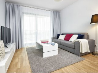 Burakowska 2 apartment in Żoliborz with WiFi, privéparkeerplaats & balkon.