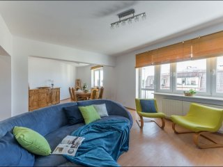 Spacious Bielany 3 apartment in Zoliborz with WiFi & balkon.