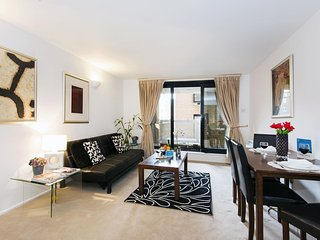 Cromwell Road Duplex apartment in Kensington & Chelsea with WiFi & lift., London