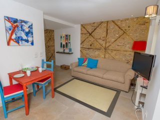 Varanda Luminoso apartment in Bairro Alto with WiFi, private terrace & lift.