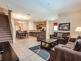 Contemporary 5Bed 4Bath PARADISE PALMS townhouse w/south splash pool from $183nt