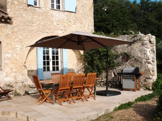 Splendid 17th century Provencal Bastide in St Paul