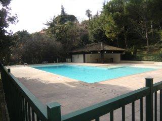 Studio avec piscine