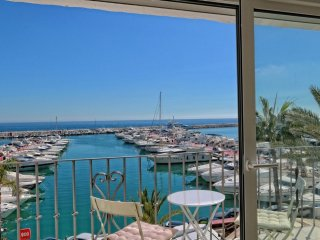First Line Penthouse in Puerto Banus Marbella