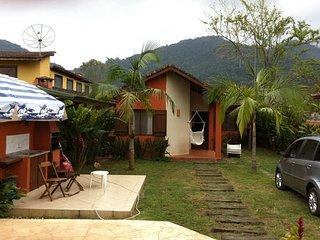 Casa em Boiçucanga, 4 suítes, piscina, churrasqueira, ate 12 pessoas.