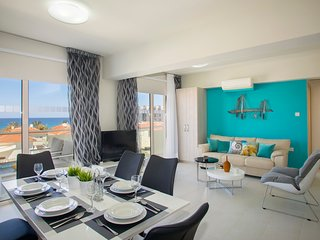 Protaras Beachfront Suite Marianna