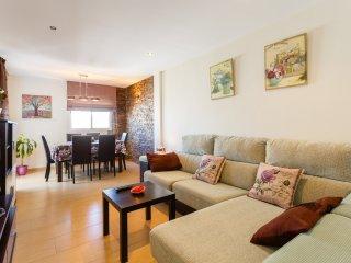 Apartamento para 4 personas. Muy amplio, con 2 baños y terraza, Conil de la Frontera