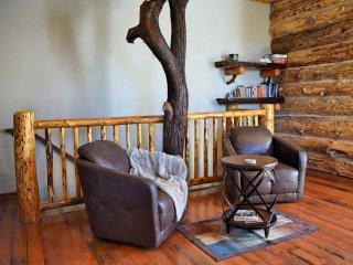 Lodestone Lodge