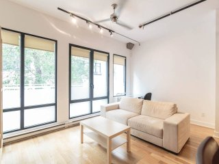 Gorgeous Loft Minutes from Downtown, Montreal