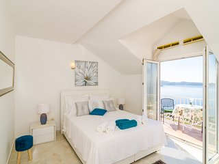 Apartment Sandito - Standard One Bedroom Apartment with Balcony and Sea View