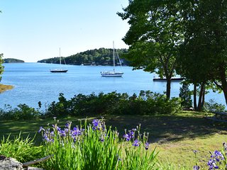180 Degree Oceanfront Paradise, Deep Water Dock, Mooring, Private, Close to Town, Harpswell